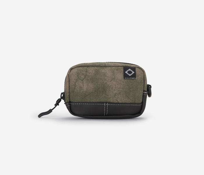 N240 CAMERA POUCH - PRINTING KHAKI brownbreath